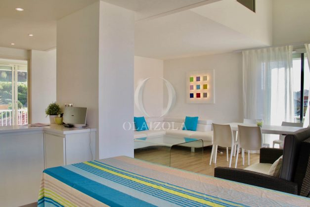 location-vacances-anglet-appartement-luxe-vue-mer-chambre-d-amour-terrasse-parking-standing-plage-a-pied-007