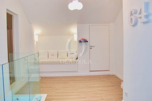 location-vacances-anglet-appartement-luxe-vue-mer-chambre-d-amour-terrasse-parking-standing-plage-a-pied-020