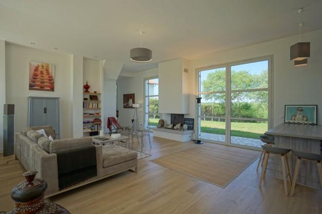 location-vacances-biarritz-ahetze-villa-luxe-piscine-chauffée-4-chambres-terrasse-couverte-jardin-27