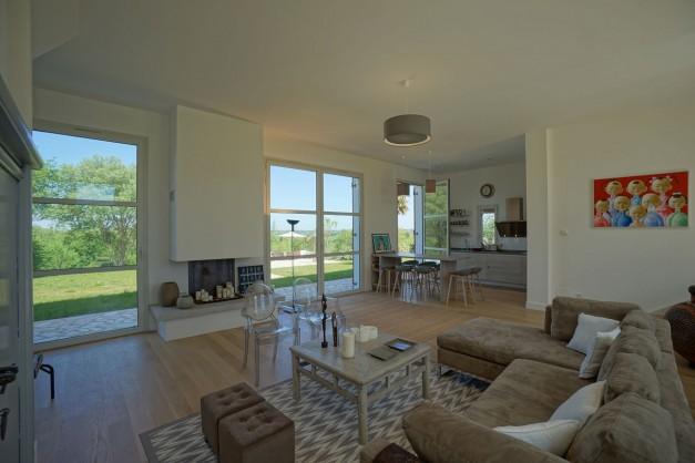 location-vacances-biarritz-ahetze-villa-luxe-piscine-chauffée-4-chambres-terrasse-couverte-jardin-32