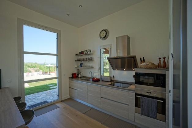 location-vacances-biarritz-ahetze-villa-luxe-piscine-chauffée-4-chambres-terrasse-couverte-jardin-35