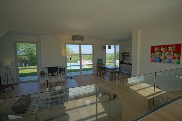 location-vacances-biarritz-ahetze-villa-luxe-piscine-chauffée-4-chambres-terrasse-couverte-jardin-39