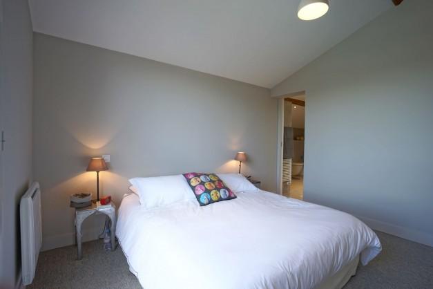 location-vacances-biarritz-ahetze-villa-luxe-piscine-chauffée-4-chambres-terrasse-couverte-jardin-54