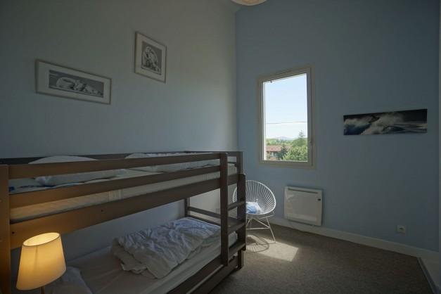 location-vacances-biarritz-ahetze-villa-luxe-piscine-chauffée-4-chambres-terrasse-couverte-jardin-59