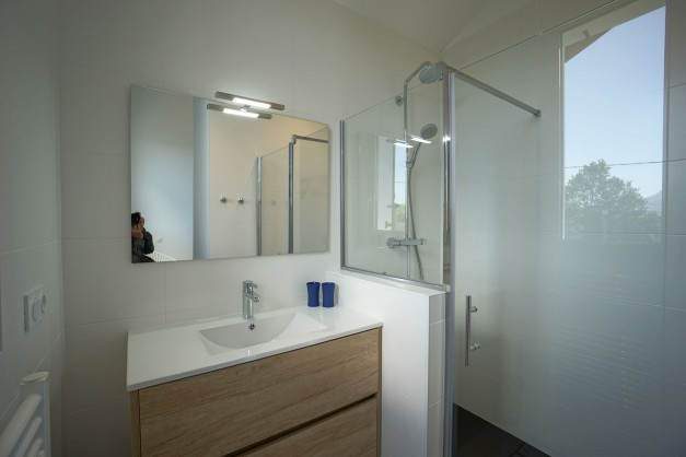 location-vacances-biarritz-ahetze-villa-luxe-piscine-chauffée-4-chambres-terrasse-couverte-jardin-60