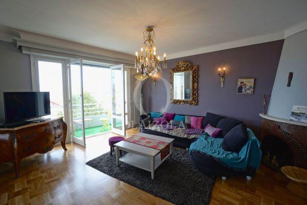 location-vacances-biarritz-appartement-vue-mer-terrasse-parking-2-chambres-centre-ville-plage-a-pied-007