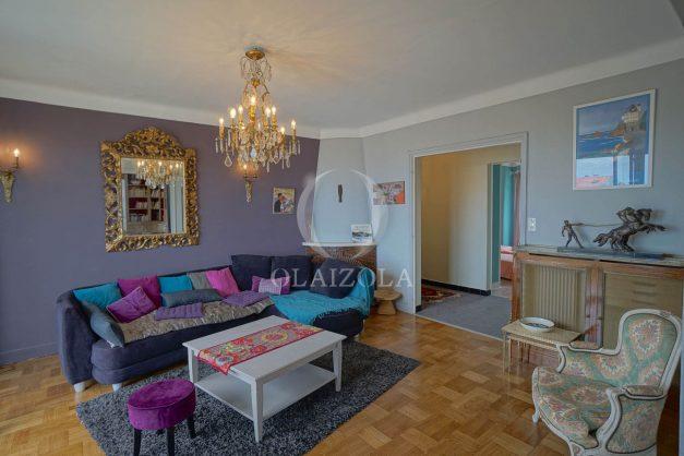 location-vacances-biarritz-appartement-vue-mer-terrasse-parking-2-chambres-centre-ville-plage-a-pied-008