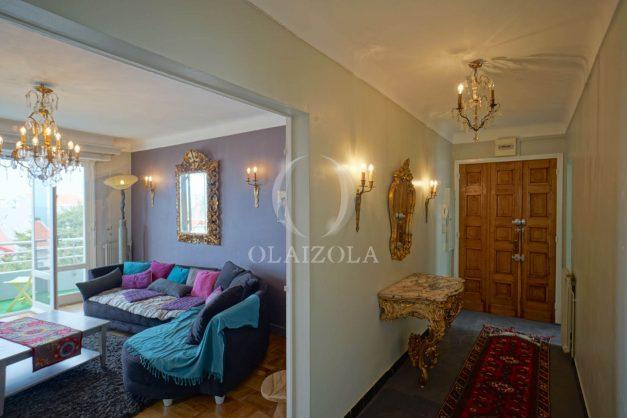 location-vacances-biarritz-appartement-vue-mer-terrasse-parking-2-chambres-centre-ville-plage-a-pied-013
