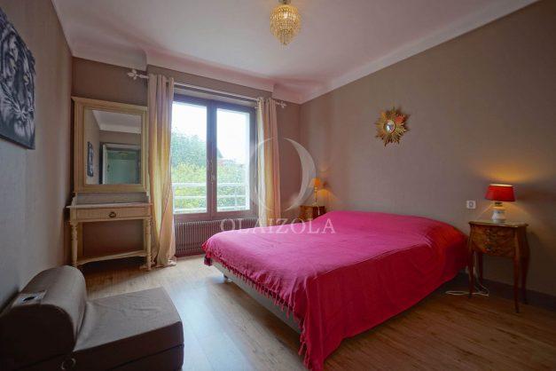 location-vacances-biarritz-appartement-vue-mer-terrasse-parking-2-chambres-centre-ville-plage-a-pied-014