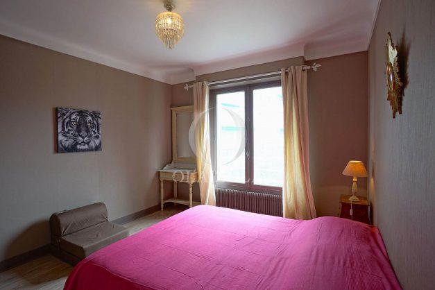 location-vacances-biarritz-appartement-vue-mer-terrasse-parking-2-chambres-centre-ville-plage-a-pied-015