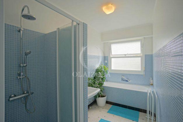 location-vacances-biarritz-appartement-vue-mer-terrasse-parking-2-chambres-centre-ville-plage-a-pied-020