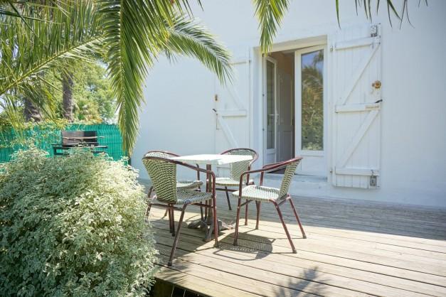 location-vacances-biarritz-kennedy-appartement-terrasse-jardin-proche-centre-ville-03