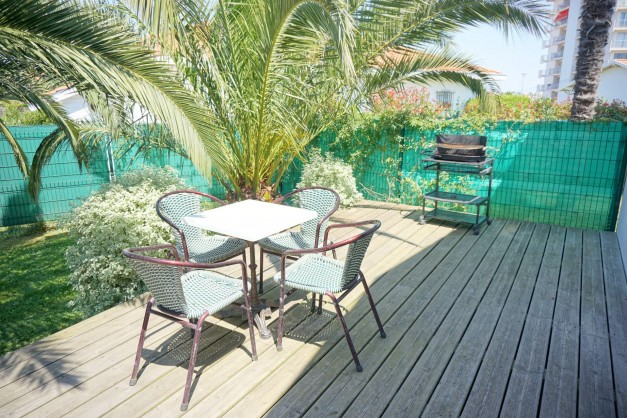 location-vacances-biarritz-kennedy-appartement-terrasse-jardin-proche-centre-ville-04