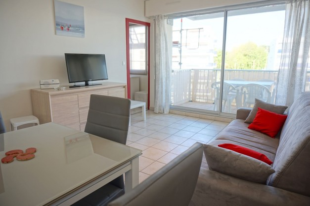 location-vacances-biarritz-quartier-saint-charles-centre-ville-parking-terrasse-06