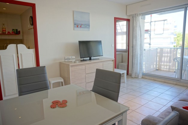 location-vacances-biarritz-quartier-saint-charles-centre-ville-parking-terrasse-07