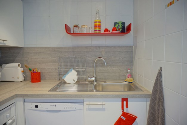 location-vacances-biarritz-quartier-saint-charles-centre-ville-parking-terrasse-10