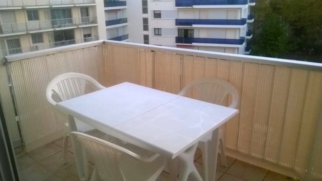 location-vacances-biarritz-quartier-saint-charles-centre-ville-parking-terrasse-16