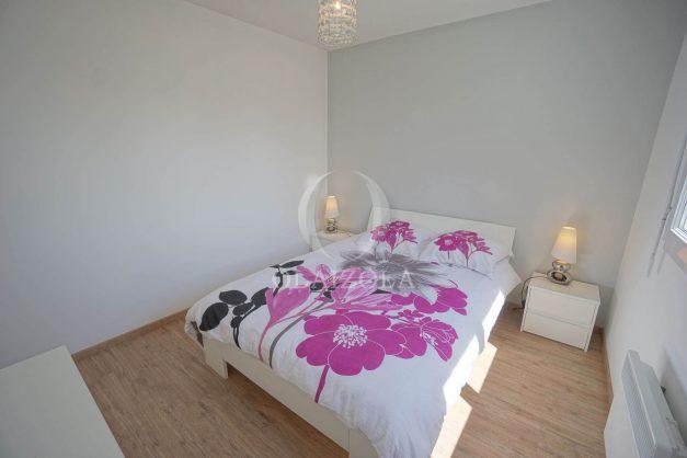 location-vacances-anglet-2-chambres-proche-plage-chiberta-jardin-parking-foret-027