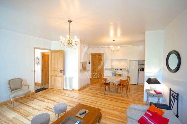 location-vacances-biarritz-appartement-centre-ville-jardin-terrasse-ensoleillee-wifi-005