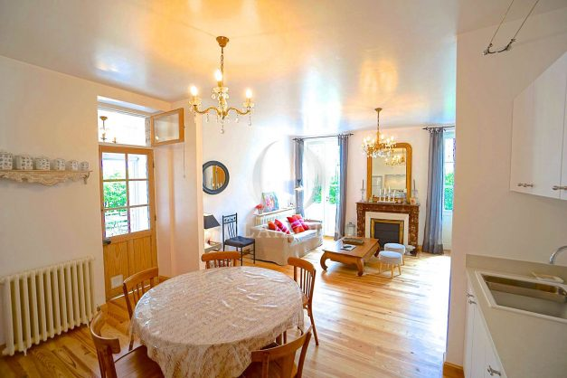 location-vacances-biarritz-appartement-centre-ville-jardin-terrasse-ensoleillee-wifi-009