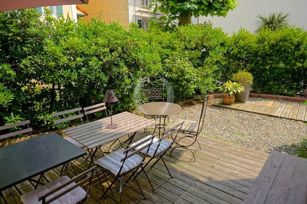 location-vacances-biarritz-appartement-centre-ville-jardin-terrasse-ensoleillee-wifi-015