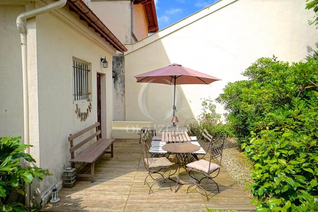 location-vacances-biarritz-appartement-centre-ville-jardin-terrasse-ensoleillee-wifi-016