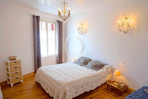 location-vacances-biarritz-appartement-centre-ville-jardin-terrasse-ensoleillee-wifi-024