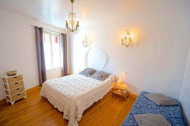 location-vacances-biarritz-appartement-centre-ville-jardin-terrasse-ensoleillee-wifi-025