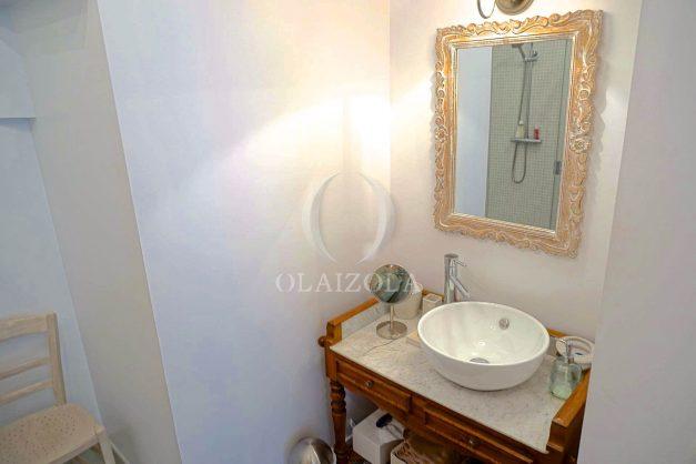 location-vacances-biarritz-appartement-centre-ville-jardin-terrasse-ensoleillee-wifi-026