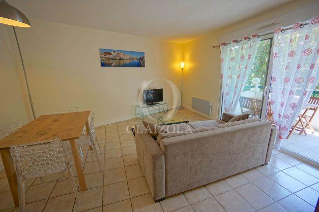 location-vacances--bidart-appartement-parking-plage-a-pied-ilbarritz-balcon-003