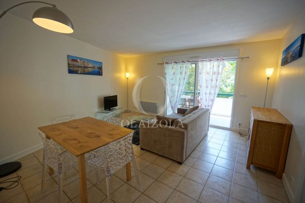 location-vacances--bidart-appartement-parking-plage-a-pied-ilbarritz-balcon-004