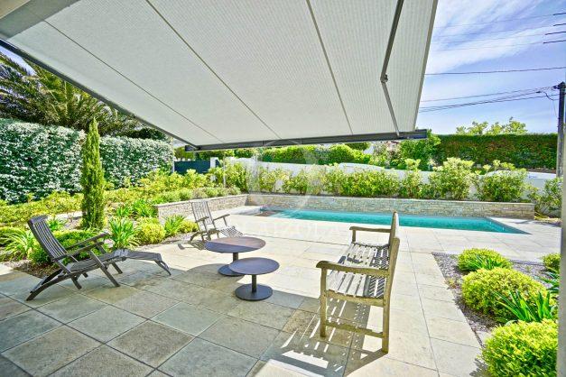 vue-mer-biarritz-location-vacances-maison-villa-plages-luxe-vue-mer-montagne-piscine-standing-unique-parking-prive-centre-ville-017