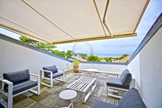 vue-mer-biarritz-location-vacances-maison-villa-plages-luxe-vue-mer-montagne-piscine-standing-unique-parking-prive-centre-ville-027