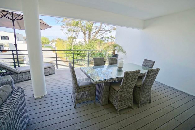 location-vacances-biarritz-appartement-anglet-residence-anadara-parking-2-chambres-2-terrasses-ensoleillee-moderne-004
