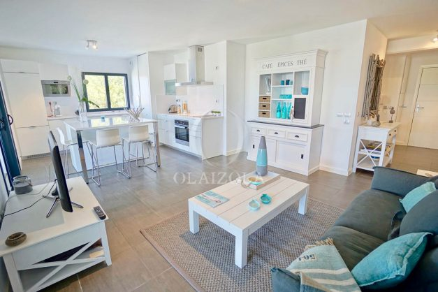 location-vacances-biarritz-appartement-anglet-residence-anadara-parking-2-chambres-2-terrasses-ensoleillee-moderne-014