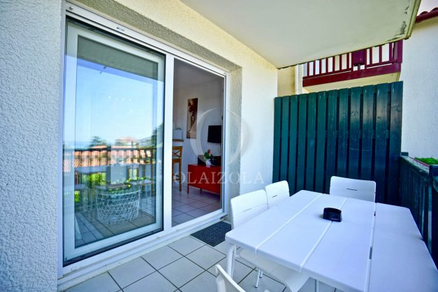 location-vacances-biarritz-appartement-residence-milady-plein-sud-centre-ville-parking-006