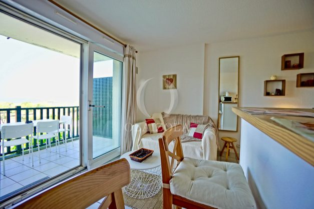 location-vacances-biarritz-appartement-residence-milady-plein-sud-centre-ville-parking-007