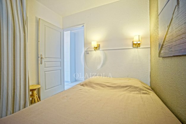 location-vacances-biarritz-appartement-residence-milady-plein-sud-centre-ville-parking-016