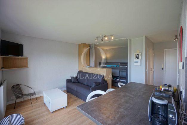 location-vacances-saint-jean-de-luz-quartier-urdazuri-studio-vue-nivelle-proche-commerce-011