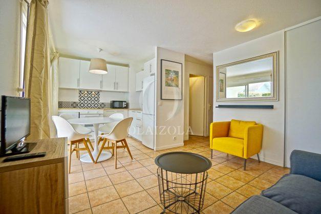 location-vacances-T2-terrasse-piscine-parking-Biarritz-plages-ilbarritz-milady-reix116-plein-sud-plage-a-pied-004