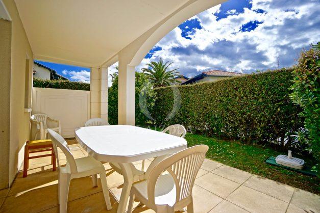 location-vacances-T2-terrasse-piscine-parking-Biarritz-plages-ilbarritz-milady-reix116-plein-sud-plage-a-pied-013