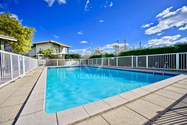 location-vacances-T2-terrasse-piscine-parking-Biarritz-plages-ilbarritz-milady-reix116-plein-sud-plage-a-pied-019