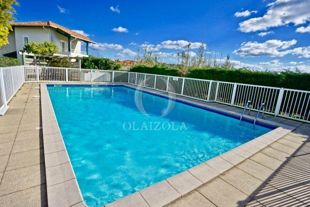 location-vacances-T2-terrasse-piscine-parking-Biarritz-plages-ilbarritz-milady-reix116-plein-sud-plage-a-pied-020
