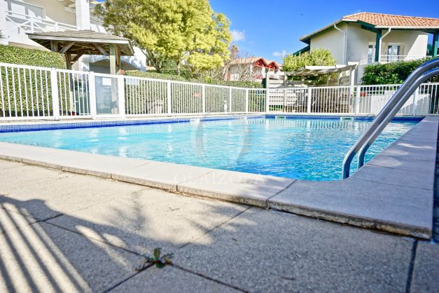 location-vacances-T2-terrasse-piscine-parking-Biarritz-plages-ilbarritz-milady-reix116-plein-sud-plage-a-pied-021