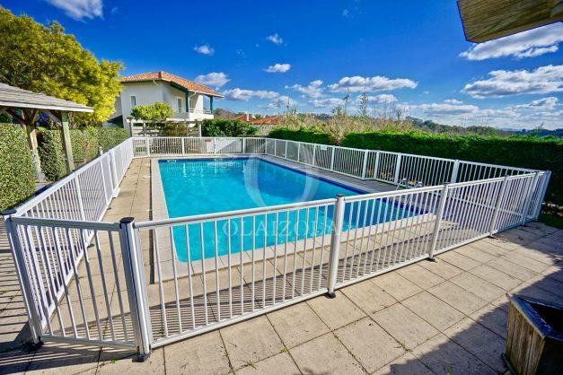 location-vacances-T2-terrasse-piscine-parking-Biarritz-plages-ilbarritz-milady-reix116-plein-sud-plage-a-pied-022