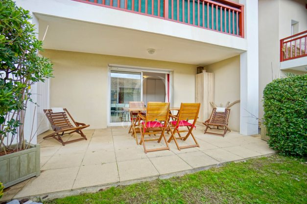 location-vacances-biarritz-appartement-colline-bleue-piscine-parking-carmen-terrasse-plage-a-pied-milady-ilbarritz-005