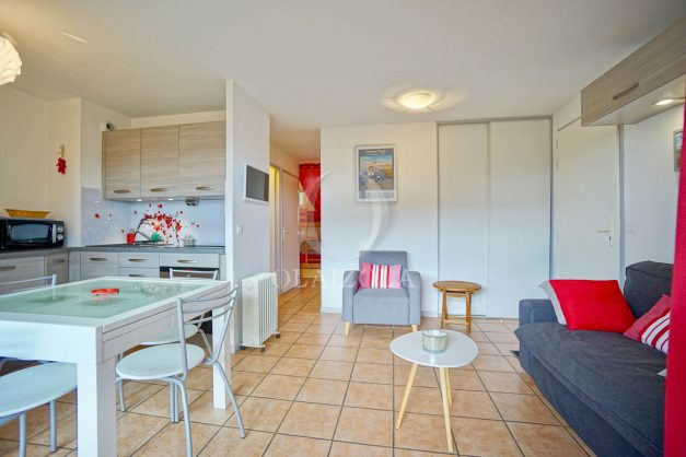 location-vacances-biarritz-appartement-colline-bleue-piscine-parking-carmen-terrasse-plage-a-pied-milady-ilbarritz-006