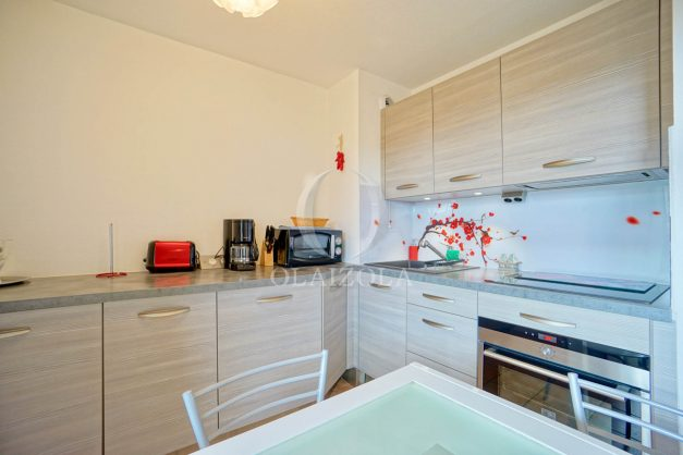 location-vacances-biarritz-appartement-colline-bleue-piscine-parking-carmen-terrasse-plage-a-pied-milady-ilbarritz-008