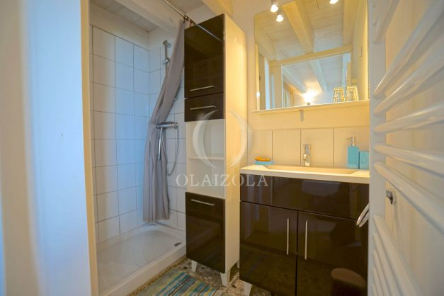 location-vacances-biarritz-beaurivage-terrasse-parking-maison-t2-côte-des-basques-plage-a-pied-009