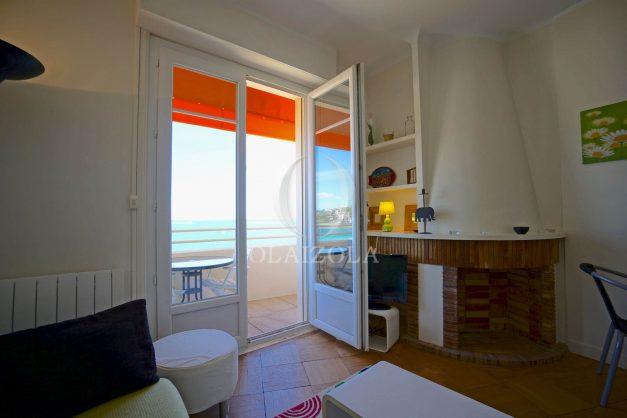 location-vacances-saint-jean-de-luz-appartement-vue-mer-terrasse-trois-couronnes-parking-libre-grande-plage-a-pied-005
